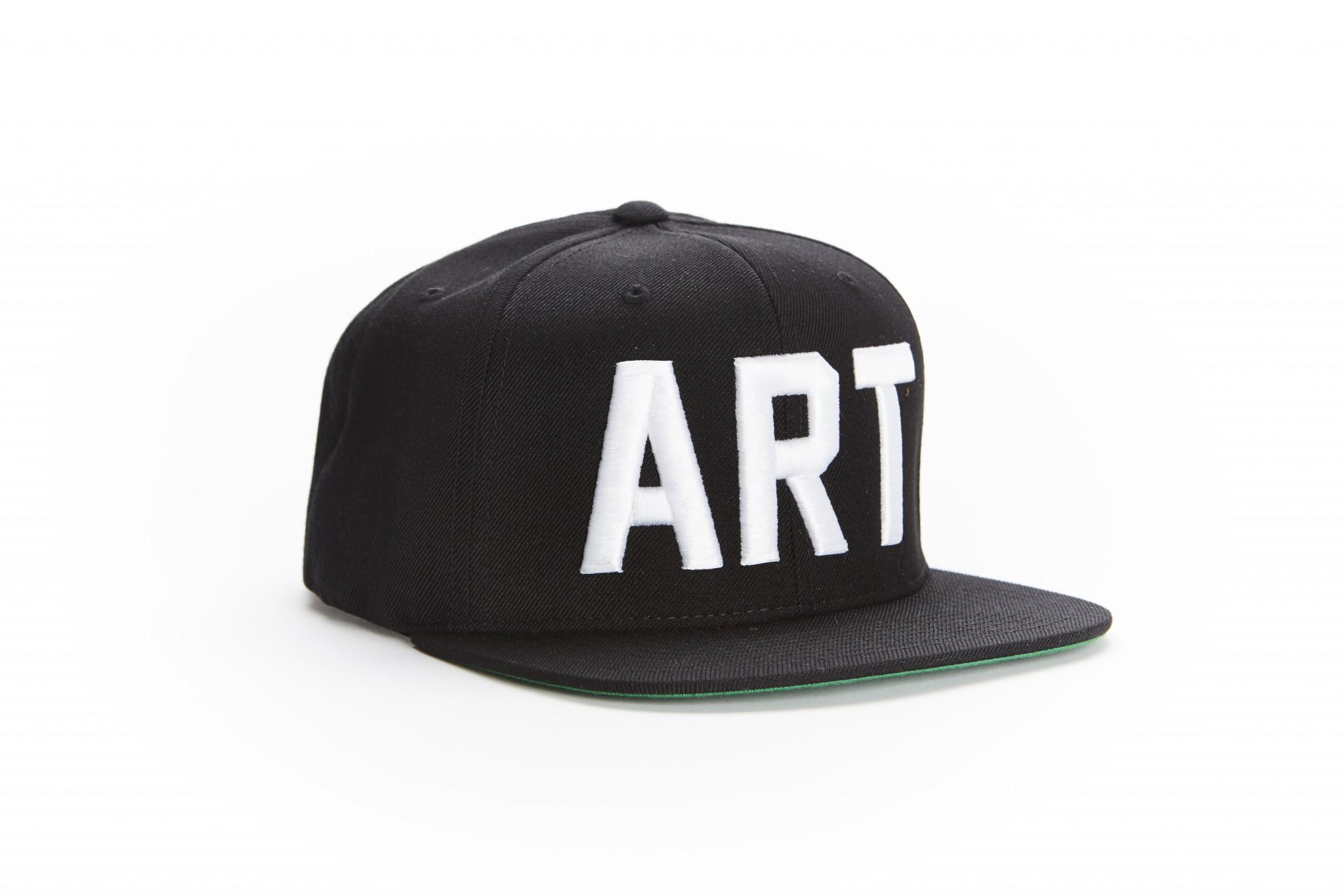709c7386 Snapback Hat - Black/White